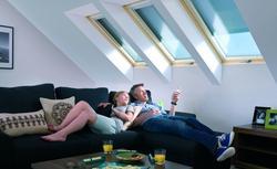Jak urządzić poddasze w zależności od kształtu i konstrukcji dachu