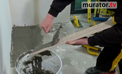 Jak przyklejać płytki ceramiczne? Najczęściej popełniane błędy