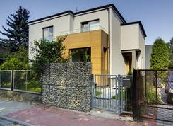 Kostka  -  dom z potencjałem