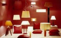 Komfortowe światło w domu. Jak wybrać i rozmieścić okna oraz lampy, by zawsze cieszyć się światłem?